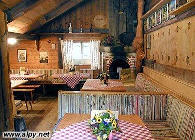 Schwussner Hütte, interier
