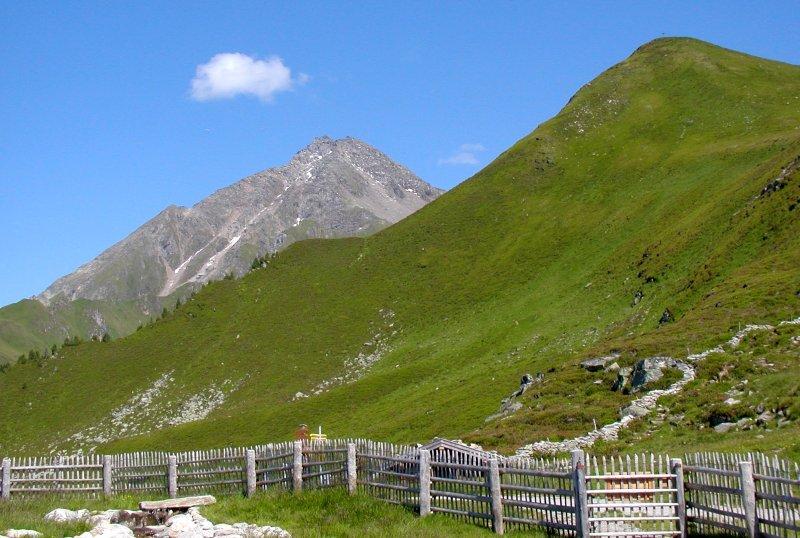 Ahornspitze od lanovky Ahornbahn (Ahorn Plateau), Filzenkogel