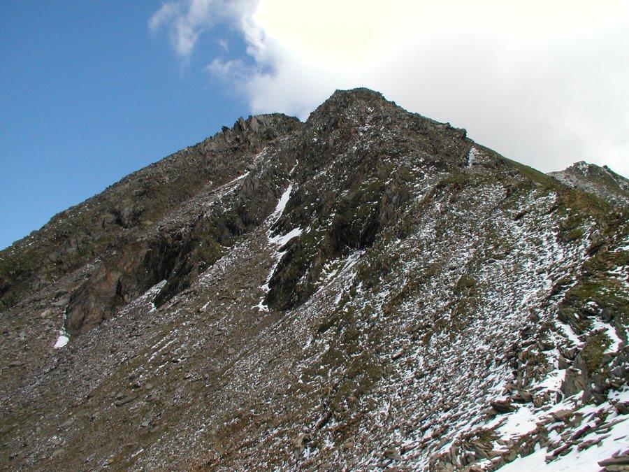 Pohled ze sedla k vrcholu Ahornspitze