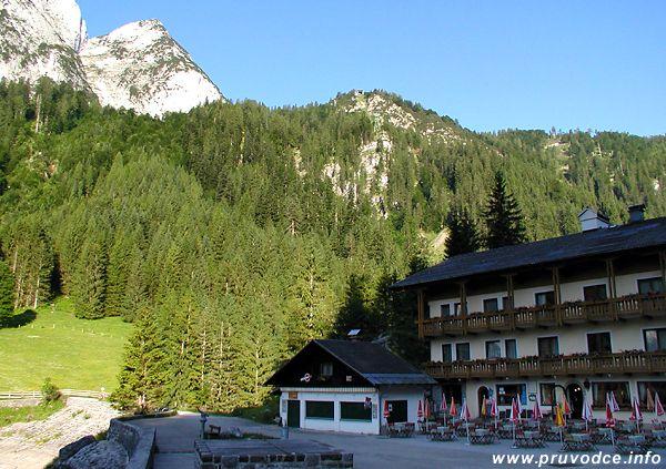 Gasthaus Gosausee, Gosaukammbahn a Kleiner Donnerkogel