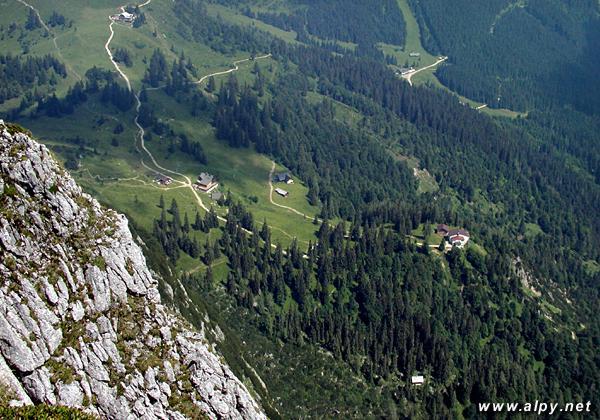 Gablonzer Hütte, Breininghütte, Sonnenalm a Gosaukammbahn