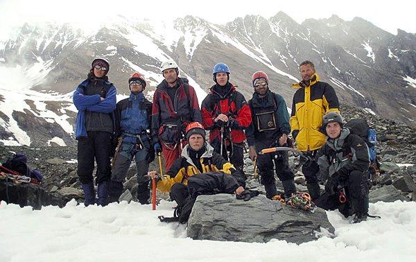 Účastníci výstupu Pallaviciniho kuloárem na Grossglockner