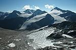 Ledovec Niederjochferner a vpravo Similaun ze sedla Hauslabjoch (3279 m.n.m.)