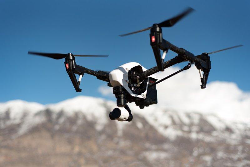 Dron v Alpách