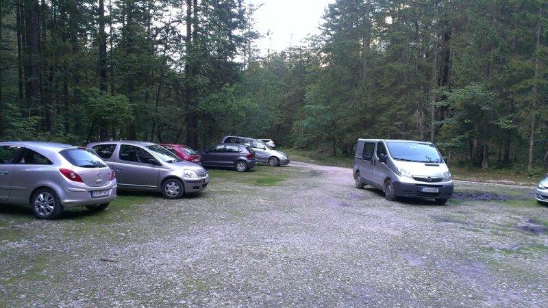 parkoviště v údolí Krma